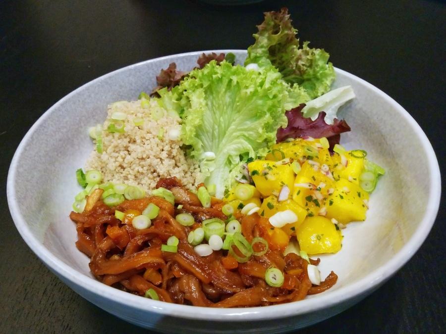 Quinoa salade metoesterzwammen