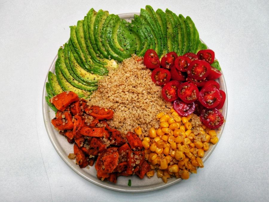 Mexicaanse salade met zoeteaardappel